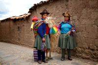 Cusco ladies